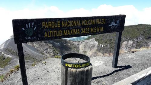Etapa 5 Superada. Andres Lledó y el equipo Jimbofresh ya hemos coronado el Volcán Irazú